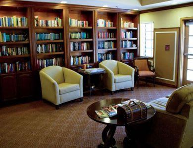 comfy chairs at Pacifica Senior Living Santa Clarita