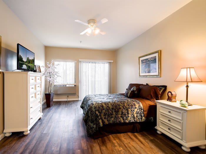 Spacious bedroom at Pacifica Senior Living Santa Clarita in Newhall, CA