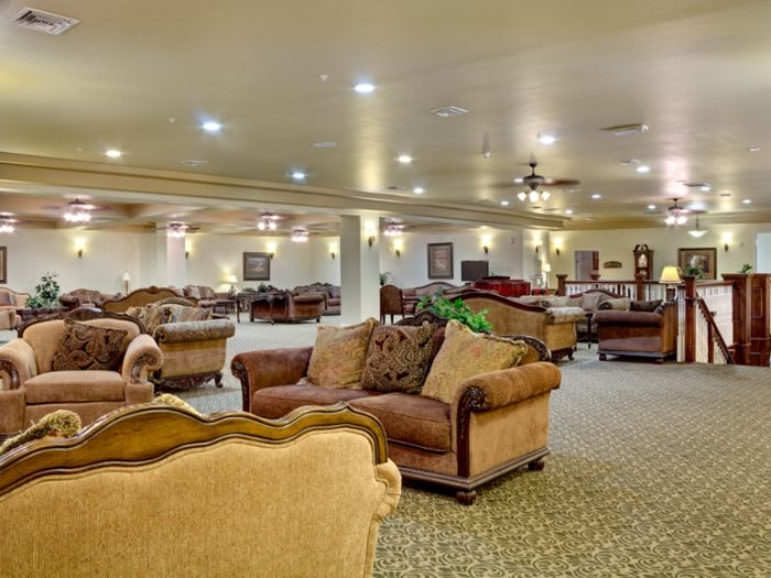 communal living room at Pacifica Senior Living San Martin in Las Vegas, NV