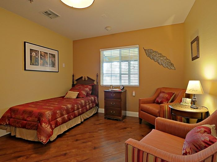 well decorated bedroom at Pacifica Senior Living Peoria in Peoria, AZ