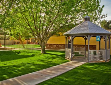 Gazebo at Pacifica Senior Living Peoria in Peoria, AZ