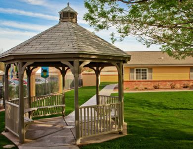 Beautiful exterior at Pacifica Senior Living Peoria in Peoria, AZ