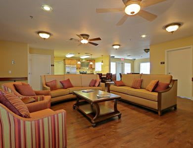 Lounge and kitchen at Pacifica Senior Living Peoria in Peoria, AZ