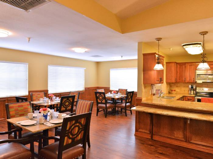 Pacifica Senior Living Paradise Valley community dining hall in Phoenix