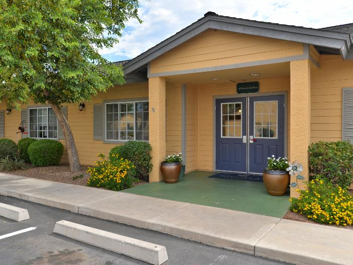 Pacifica Senior Living Paradise Valley entrance in Phoenix