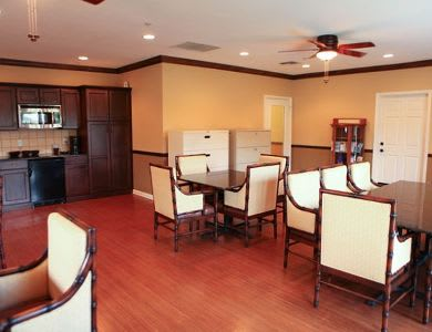 Dining room at Pacifica Senior Living Palm Beach