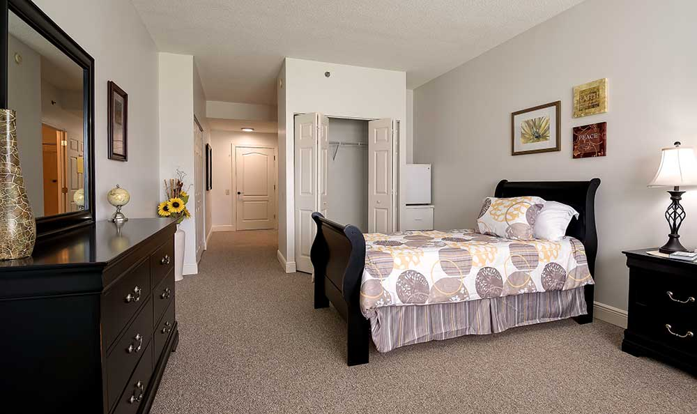 well decorated bedroom at Pacifica Senior Living Ocala