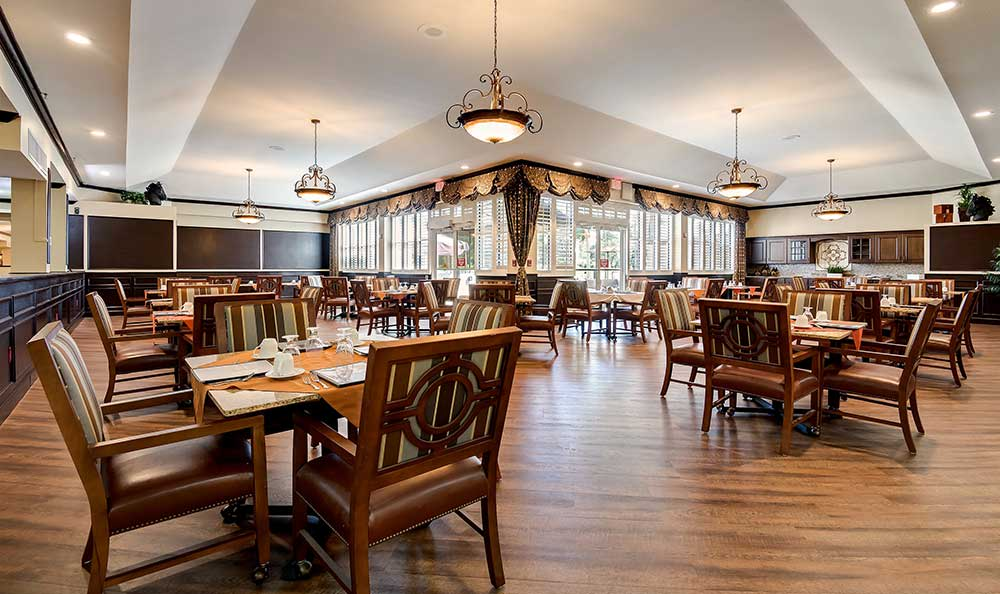 spacious dining area at Pacifica Senior Living Ocala
