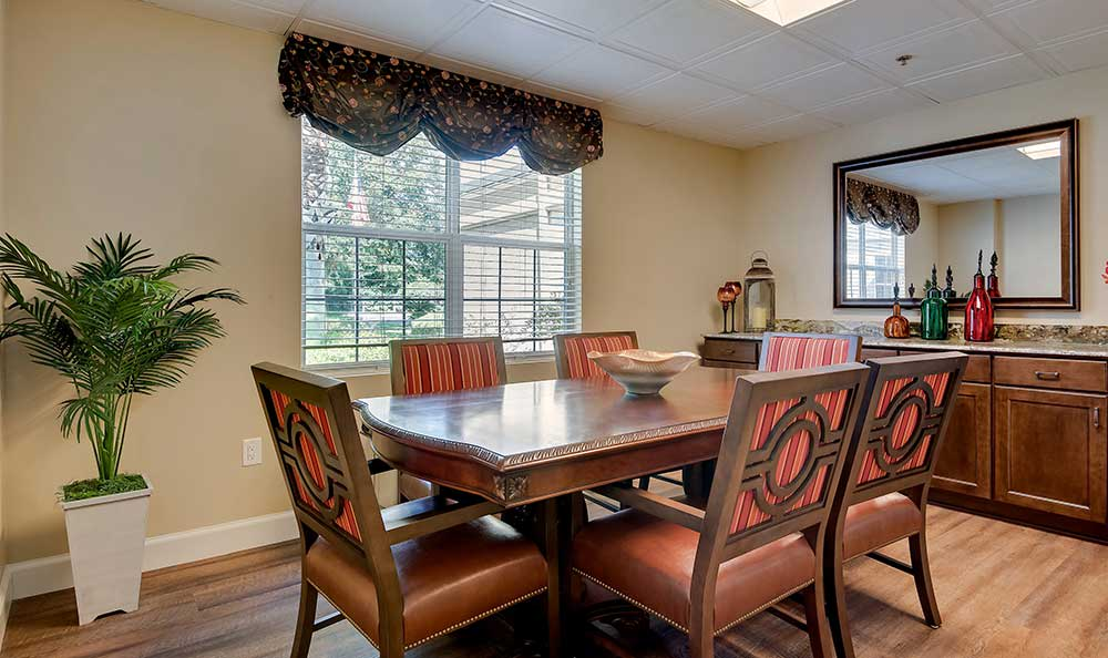 dining room at at Pacifica Senior Living Ocala