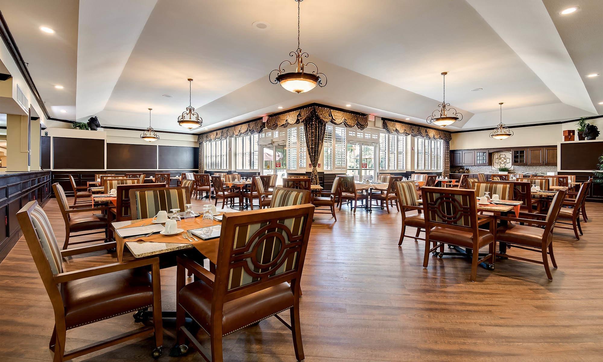 ... Gorgeous Pacifica Senior Living Ocala Dining Room ...