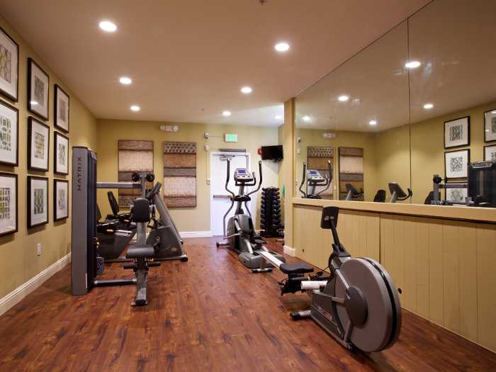 Fitness center at Pacifica Senior Living Oakland Heights