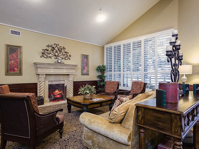 Meet with friends at Pacifica Senior Living Northridge