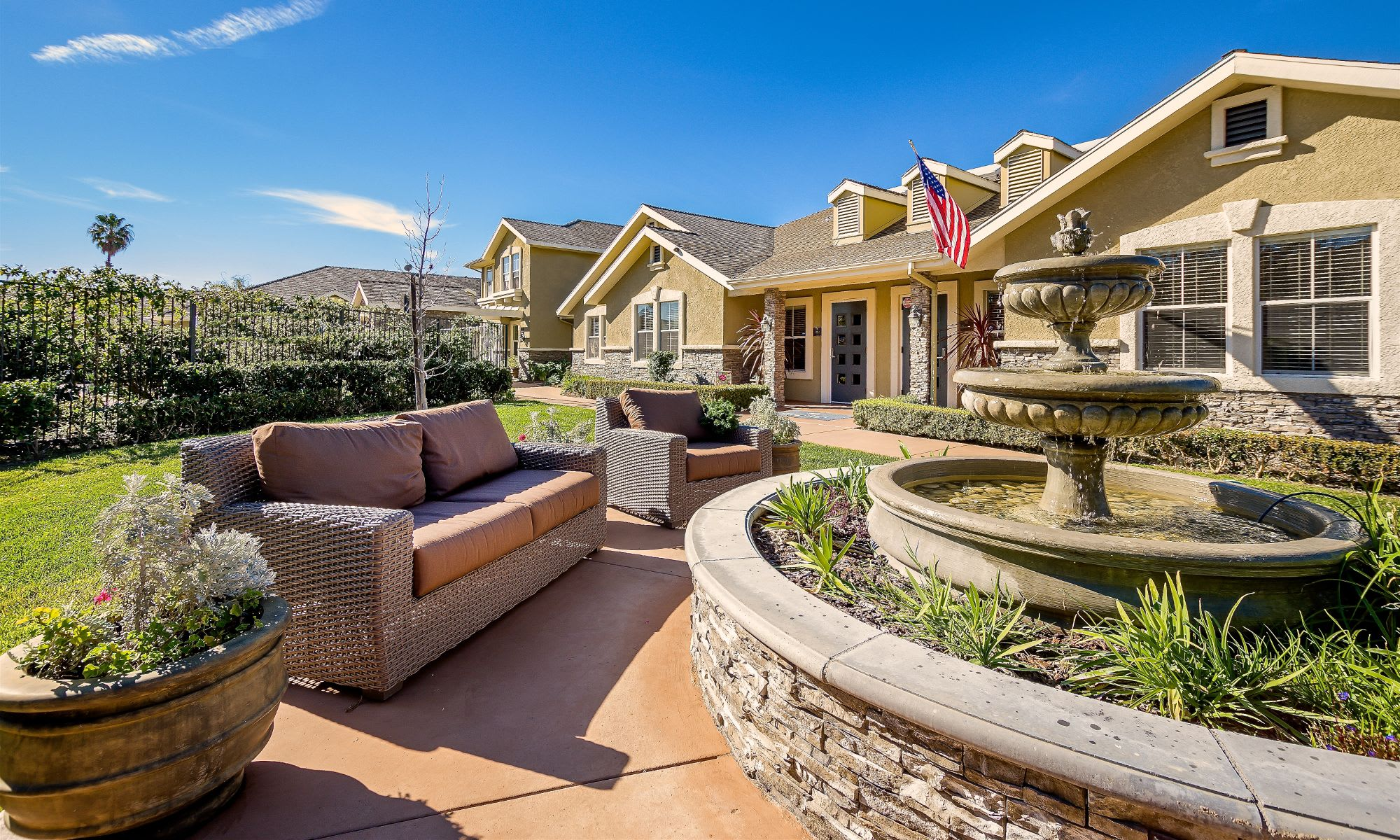 Enjoy your life at Pacifica Senior Living Newport Mesa