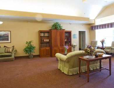 Spacious living room in Pacifica Senior Living Modesto