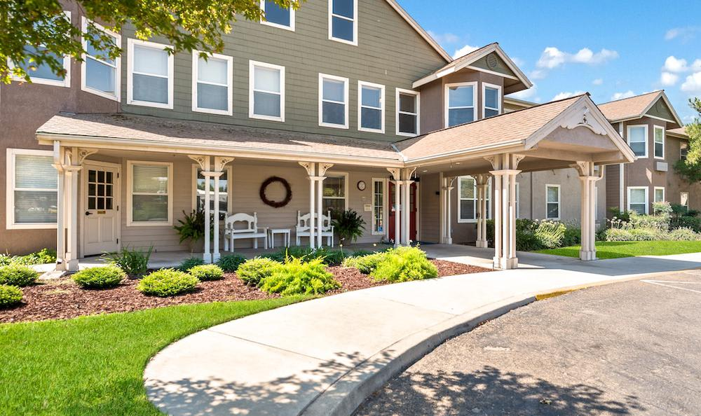 Beautiful apartments building at Pacifica Senior Living Merced in Merced, CA