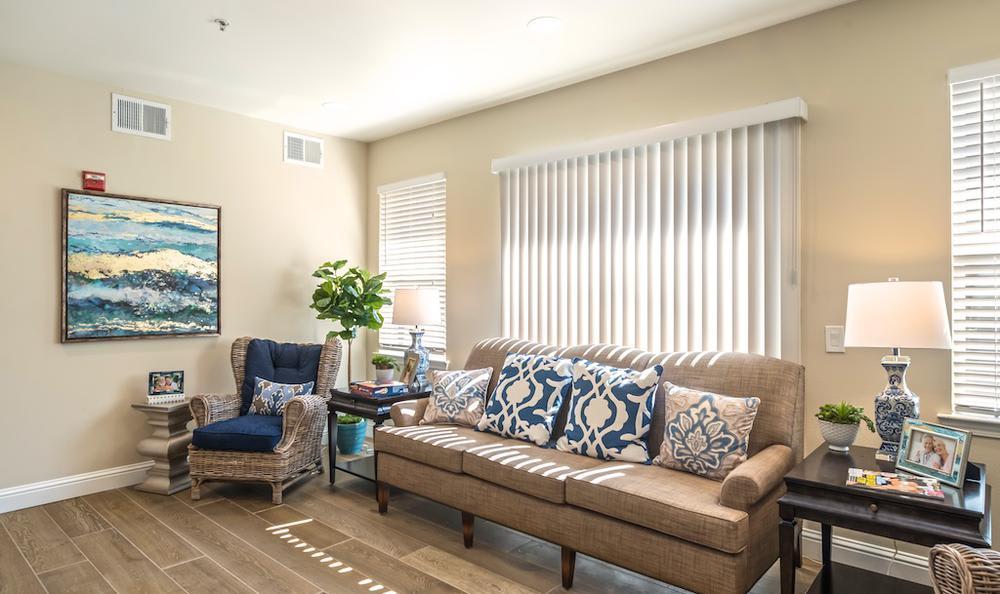 Enjoy a beautiful living room at Pacifica Senior Living Merced