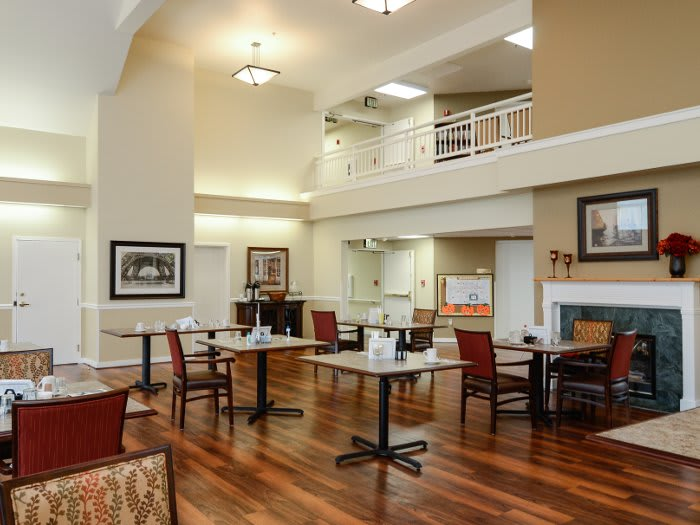 Dining area at Pacifica Senior Living Klamath Falls