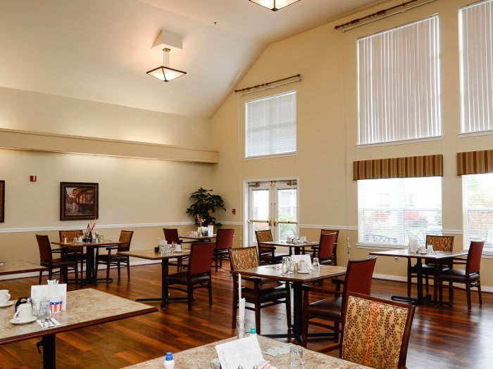 Dining room at Pacifica Senior Living Klamath Falls in Klamath Falls, OR
