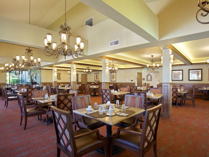 Dining room at Pacifica Senior Living Escondido