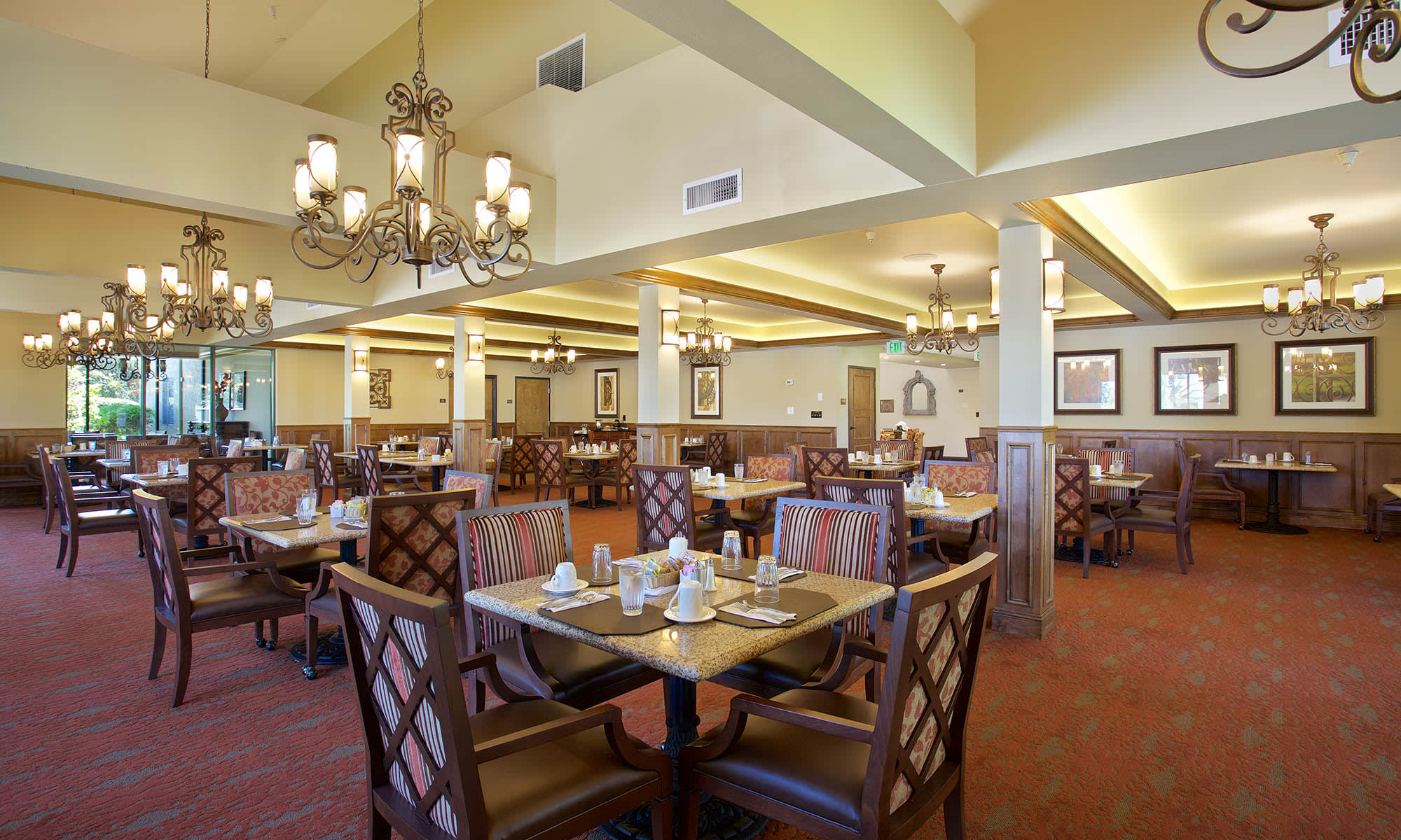 dining hall at Pacifica Senior Living Escondido