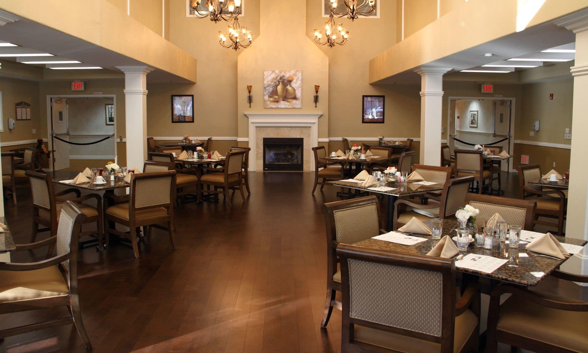 Pacifica Senior Living Chino Hills' Dining Hall