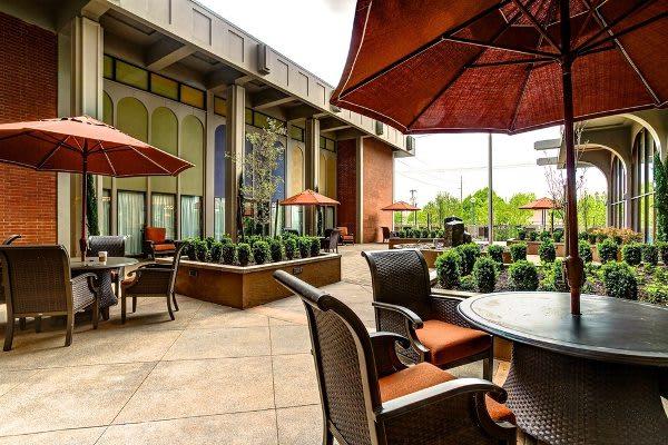 Patio at Pacifica Senior Living Calaroga Terrace in Portland, OR
