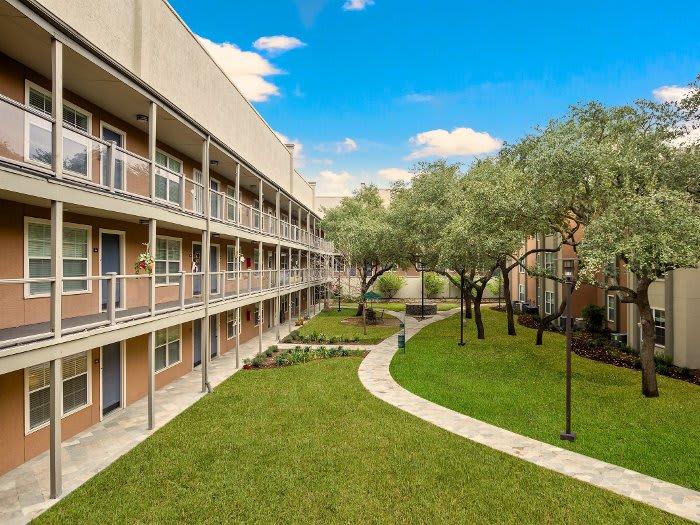 Courtyard at NewForest Estates in San Antonio, TX