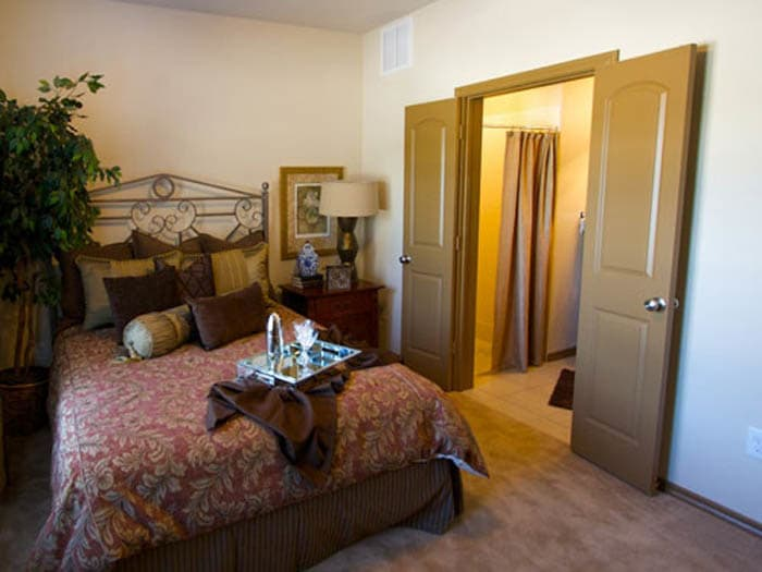Meridian at Kessler Park offers senior apartments featuring big bedrooms in Dallas, TX