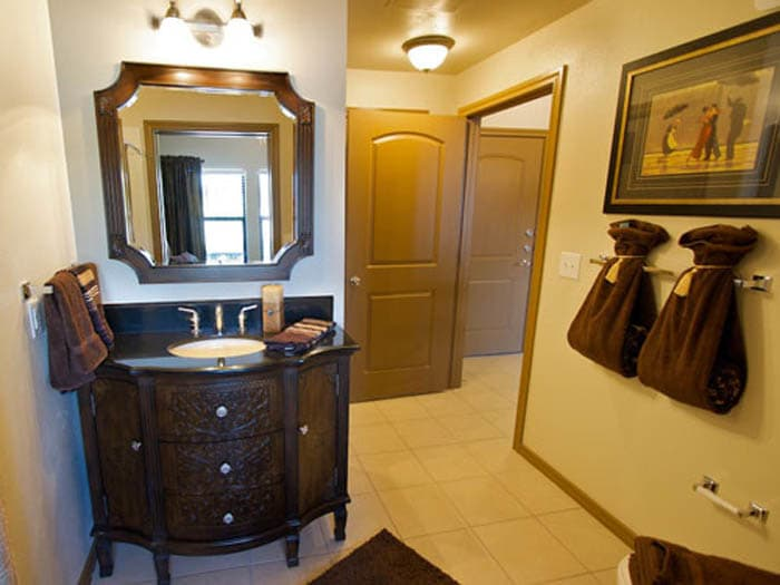 Wash room at Meridian at Kessler Park
