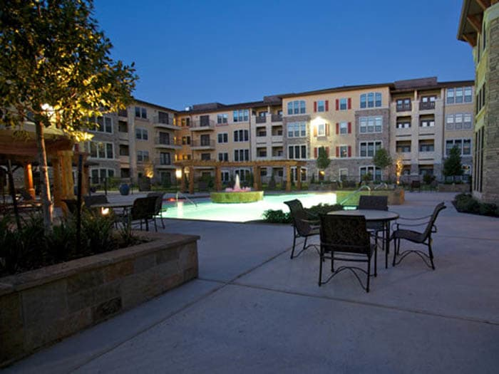 Courtyard at Meridian at Kessler Park in Texas