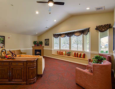 Pacifica Senior Living Vacaville in Vacaville, California offers room to stretch your legs or get together with friends!