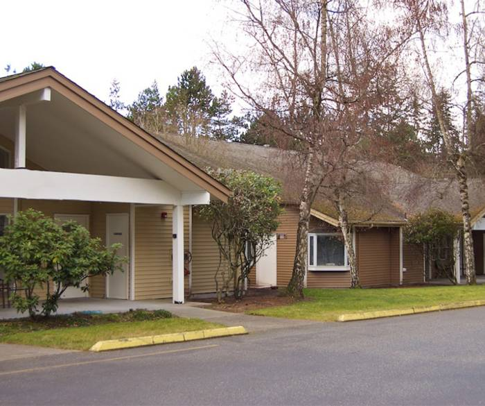 Secure, home-like environment at Pacifica Senior Living Lynnwood where residents can enjoy their retirement