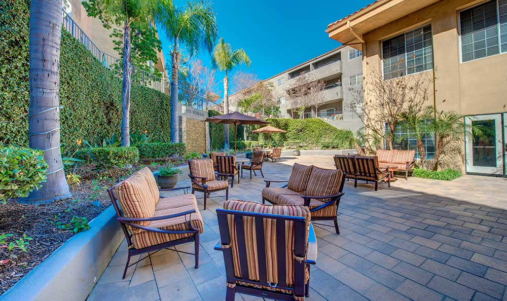 Relaxing outdoor patio at The Meridian at Anaheim Hills