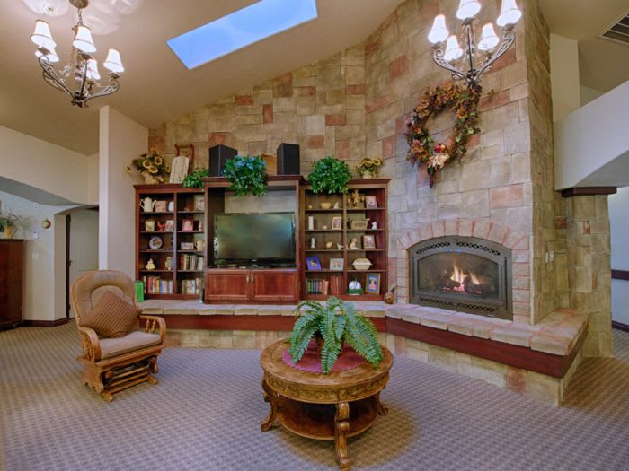 tv room at Pacifica Senior Living Pinehurst in Pinehurst, ID