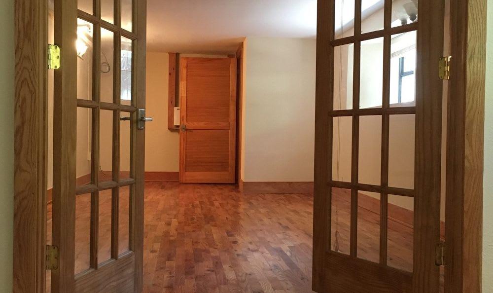 Bedroom at Kenilworth Inn