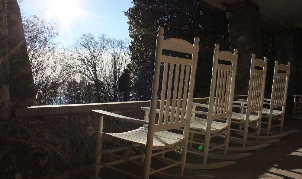 Deck at Kenilworth Inn