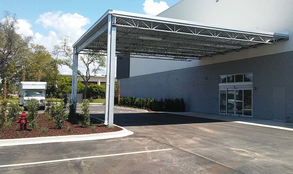 Exterior of side building at Spacebox Storage in Lake Park, Florida.