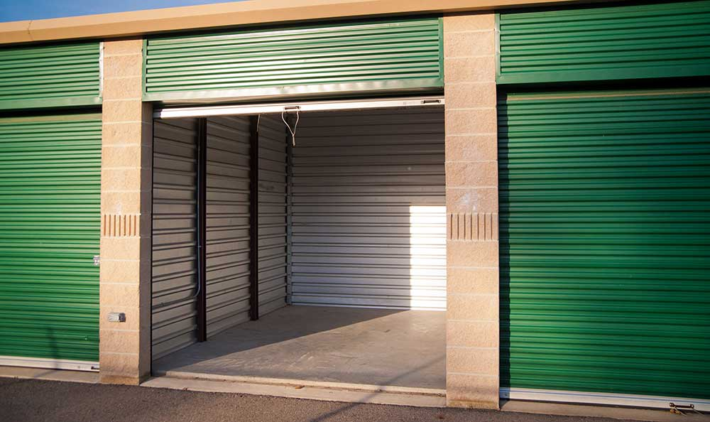 Drive up units at 1-800-Self-Storage.com in Melvindale