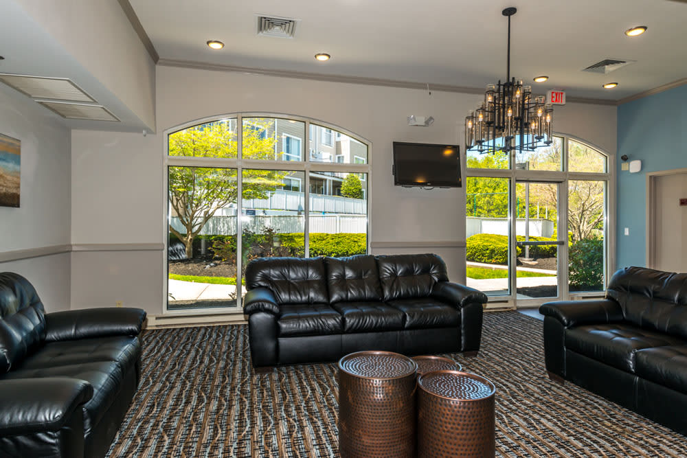 Lounge area at Flats at 390
