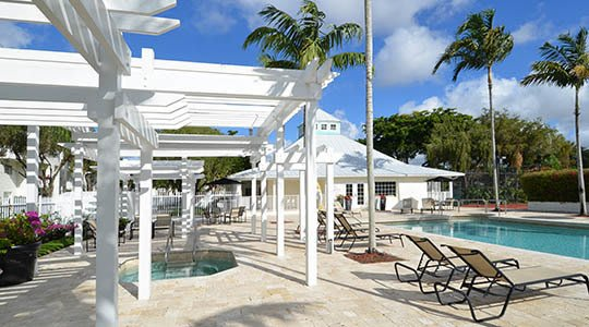 Cypress Club Apartments offers an impressive list of amenities