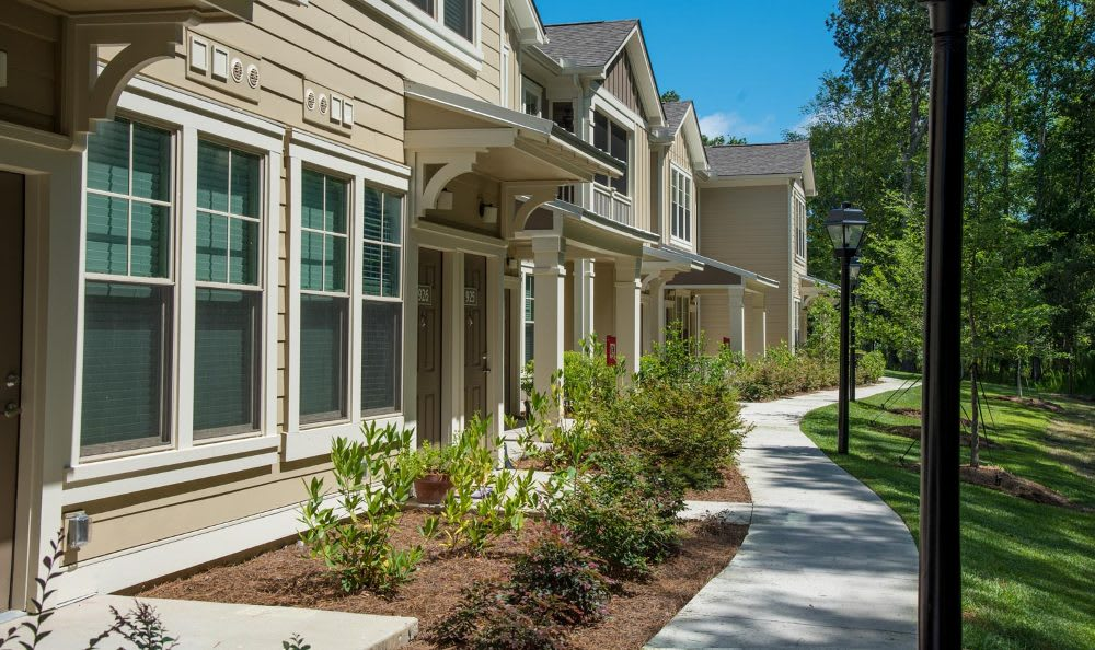 Front view of apartment at Springs at Country Club Apartments in Lake Charles