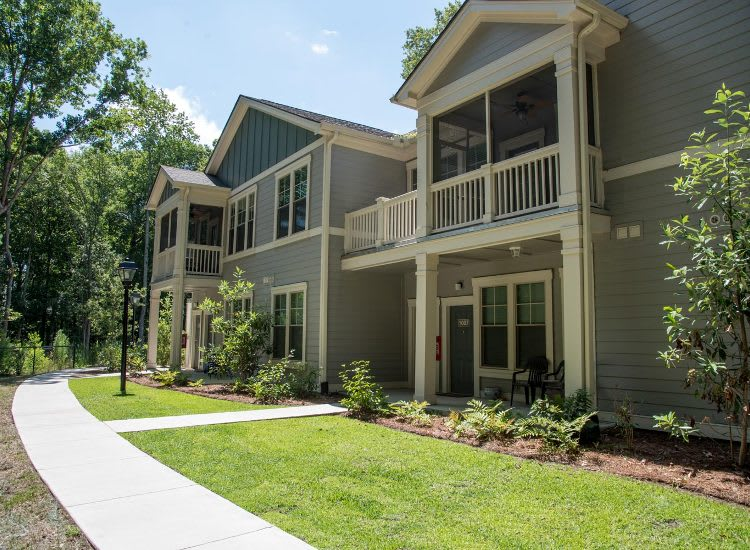 Apartment exterior at Springs at Country Club Apartments in Lake Charles