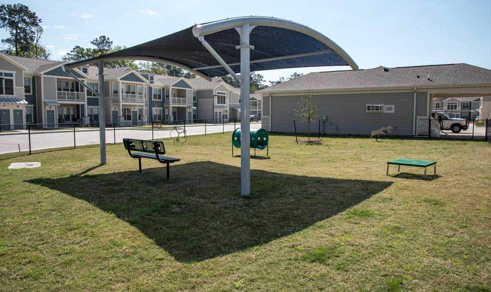 pet playground at Springs at River Chase Apartments in Covington, LA