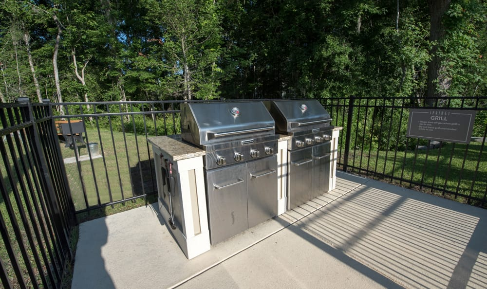 grilling area at Springs at Essex Farms in Charleston, SC