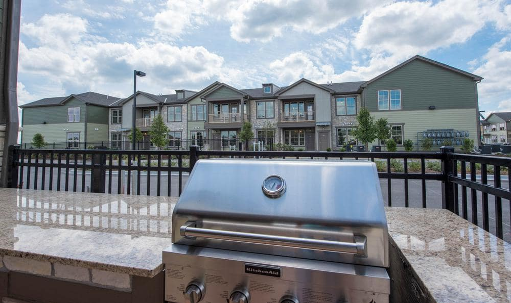 grilling area at Springs at Weber Road in Romeoville, IL