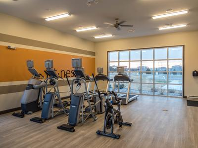 Fitness center at Springs at Apple Valley in Apple Valley