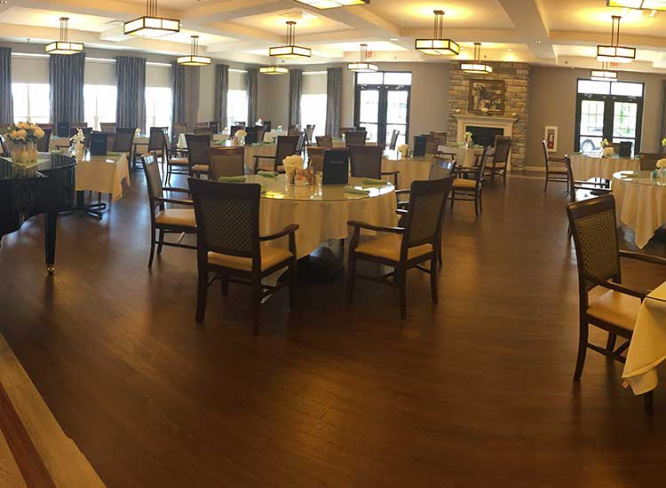 The dining hall has ample room for parties and residents at RobinBrooke Senior Living