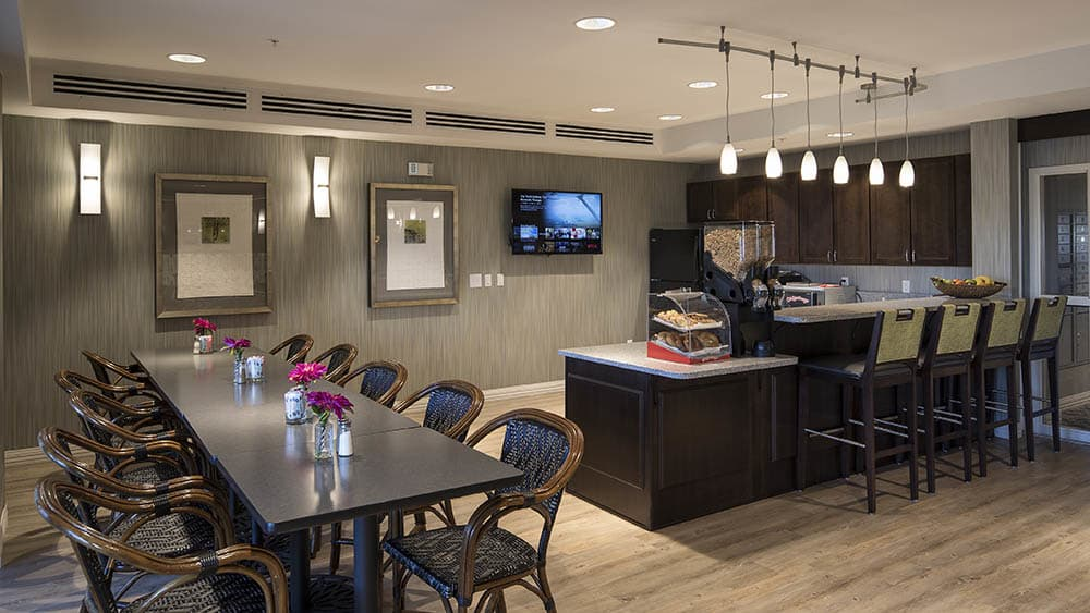Bar and eatery area at Oxford Villa Active Senior Apartments