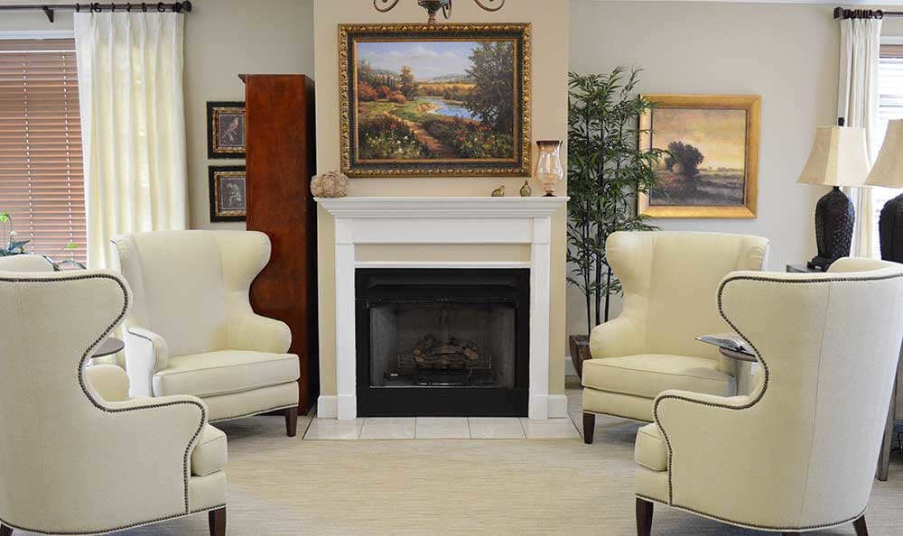 The fireplace is warm and cozy at Morning Pointe of Tuscaloosa