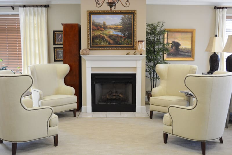 Stay warm and cozy next to the fancy fireplace at Morning Pointe of Tuscaloosa